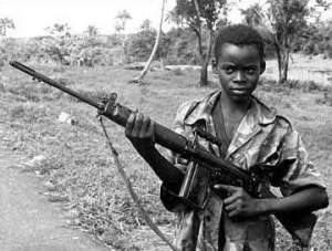 child-soldier-sierra-leone b+w