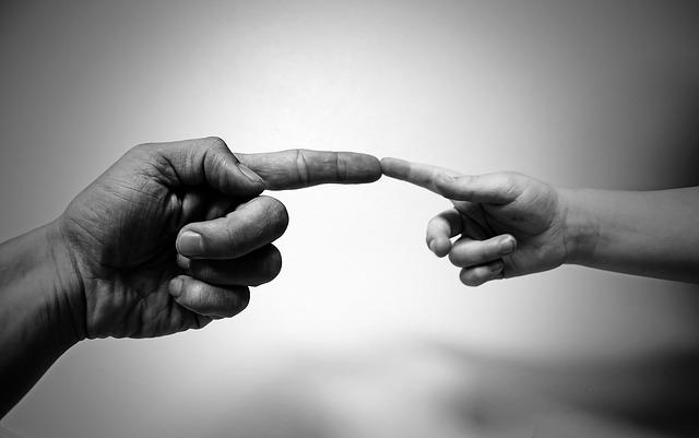 man-child-finger-connect-sml