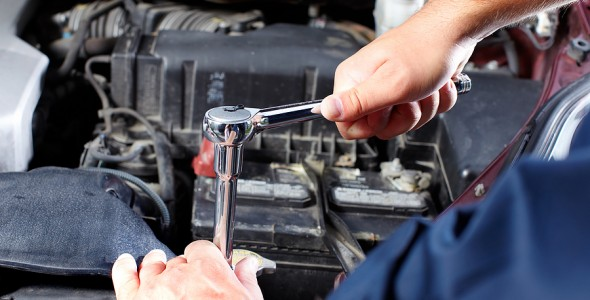 bigstock-Hands-of-mechanic-working-in-a-237947901-590x300