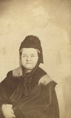 mary todd lincoln wm mumler photo