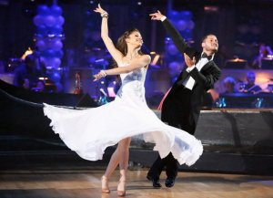 ustv-dancing-with-the-stars-week-3-zendaya-val