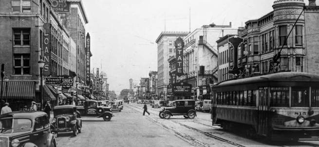 300-block-South-Michigan-Street-looking-north_1935