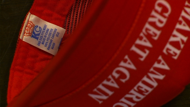 3101921-make-america-great-again-hat-donald-trump